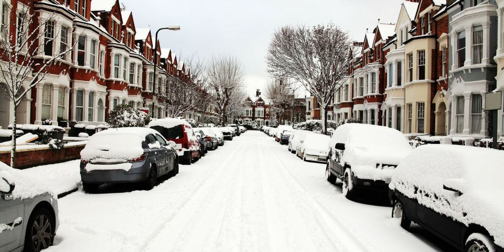 Top tips for tenants this winter - Image of a street covered in snow