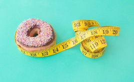 weight loss blog and doughnut image