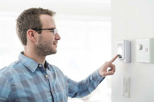 Boilers, heating and hot water: what are landlords' legal responsibilities?